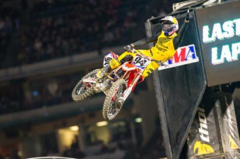 Report: Monster Energy Supercross – Anaheim I