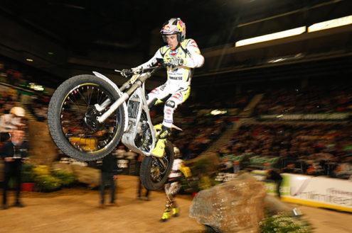Video: 2016 FIM X-Trial World Championship – Sheffield