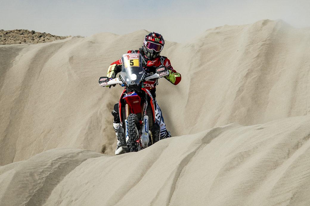 Joan Barreda storms fifth stage of the Dakar