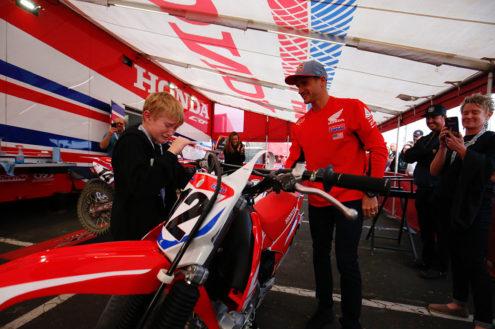 Watch heartwarming moment Ken Roczen hands over brand new Honda bike to very deserving fan