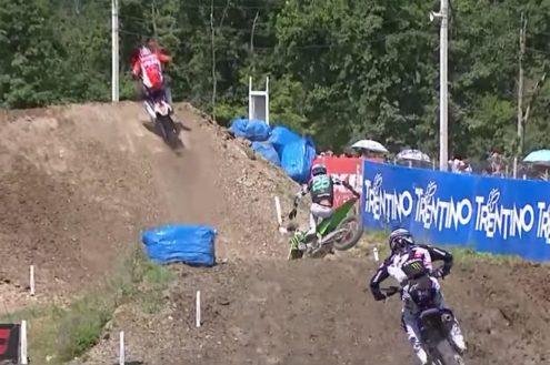 Clement Desalle crash at MXGP of Russia