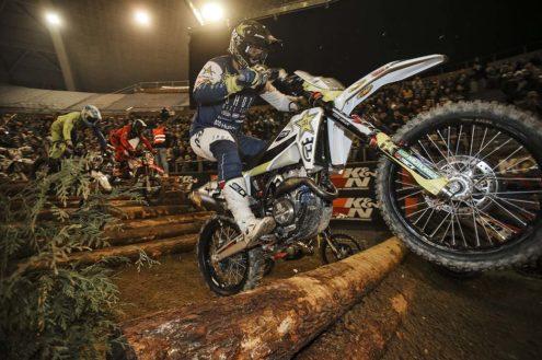 Billy Bolt sparkles at Spanish SuperEnduro