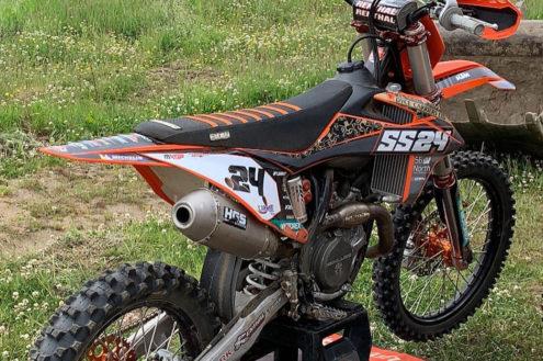shaun-simpson-spare-race-bike-01-fb01